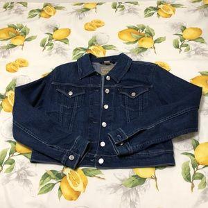 Levi's denim jacket size large